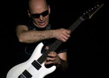 Satriani Doing His Legato Thing
