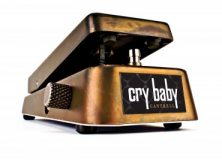 Jerry Cantrell JC95 Signature Crybaby Wah Pedal (video)