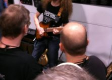 The Guitar Channel caught Guthrie Gowan doing what he does best