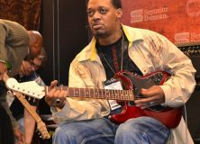 Eric Gales jamming at the Seymour Duncan booth.