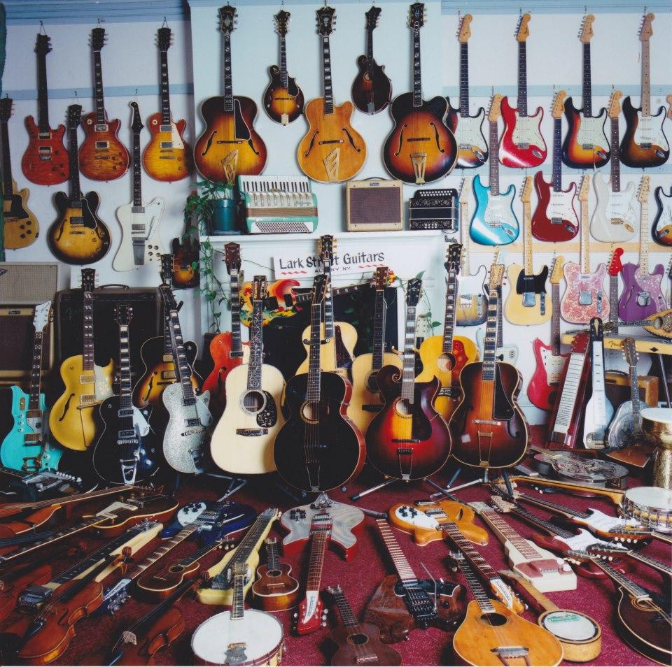Shop Around - A Journey Through a Guitar Store - Guitar-Muse.com