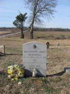 mississippi fred mcdowell grave site