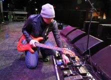 Oscar's Guitar Shop Interview with Joe Satriani